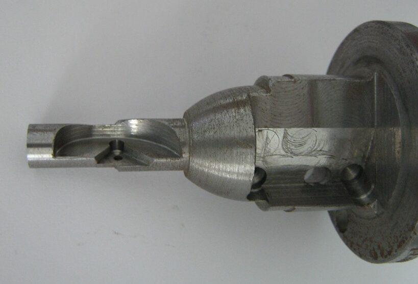 Machined tool holder